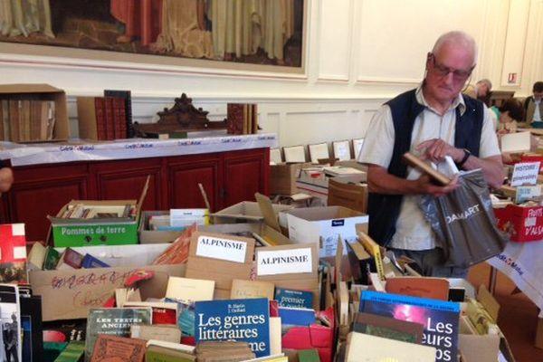 10.000 livres sont en vente ce week-end au Grand Séminaire de Strasbourg.