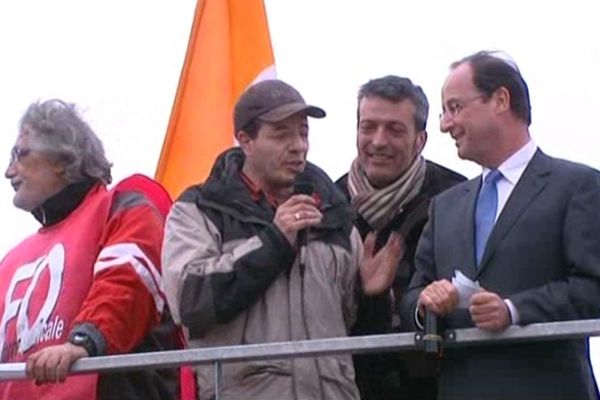 François Hollande à Florange le 24 février 2012, passera-t-il par la vallée de la Fensch en 2013 ? Les syndicalistes d'ArcelorMittal l'espèrent...
