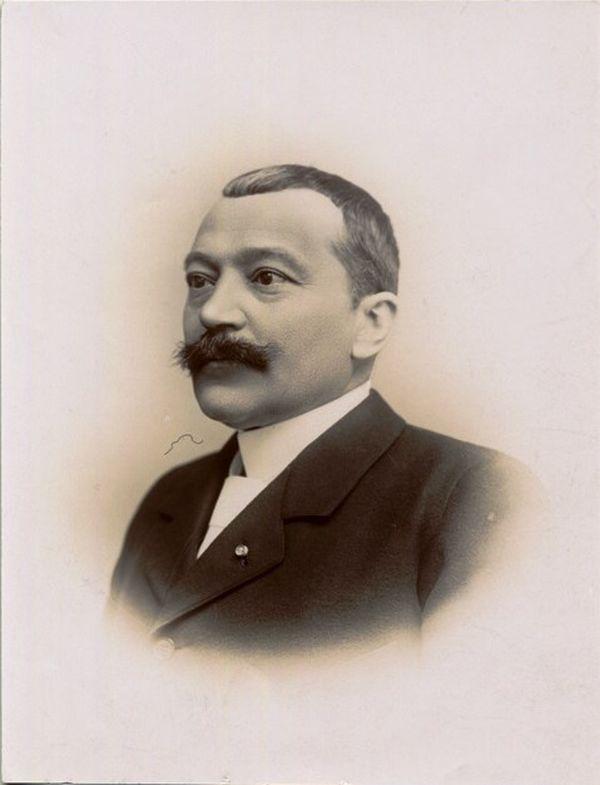 Georges Richard : Co-fondateur de la Manufacture de biscuits Pernot