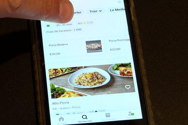 Italo Passaro considère qu'il est nettement moins visible sur le site d'Uber Eats depuis qu'il a refusé d'appliquer une offre commerciale proposée par la plateforme.