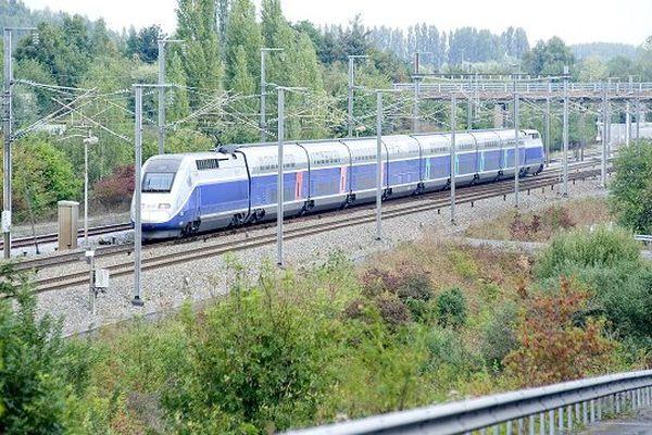 Les 350 passagers ont dû monter dans un TGV en provenance de Nantes.