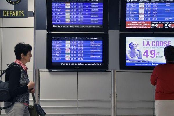 Jour de grève Air France à l'aéroport Toulouse-Blagnac