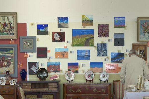 Ces œuvres réalisées par Omar Ben Laden sont vendues entre 700 et 1000 euros.