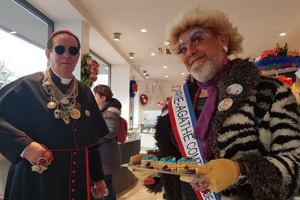 La Comtesse présente sa dernière spécialité carnavalesque