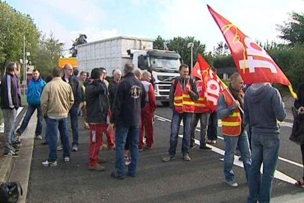 Les salariés de l'usine Seita de Riom, dans le Puy-de-Dôme, ont entamé un mouvement de grève lundi matin.
