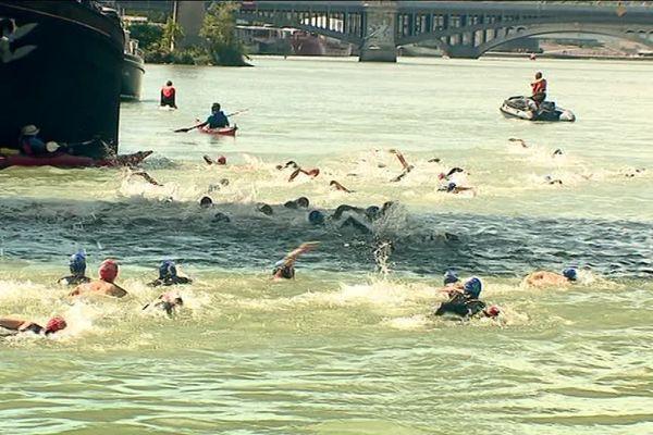 Open Swim Stars à Lyon: une compétition de nage en eau libre dans le Rhône
