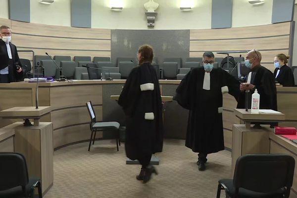 Huit hommes doivent comparaître ce mardi 22 et ce mercredi 23 juin devant le tribunal d'Alençon pour un guet-apens monté dans le quartier de Perseigne en 2018.