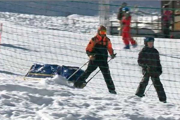 Une cinquantaine de blessés sont pris en charge les jours de grande affluence, pendant les vacances scolaires, dans la station de Gourette