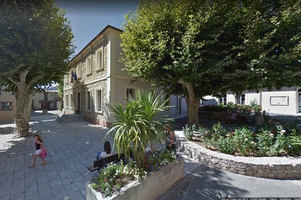 La place Foch, au Plan-de-la-Tour, où aura lieu le rassemblement.
