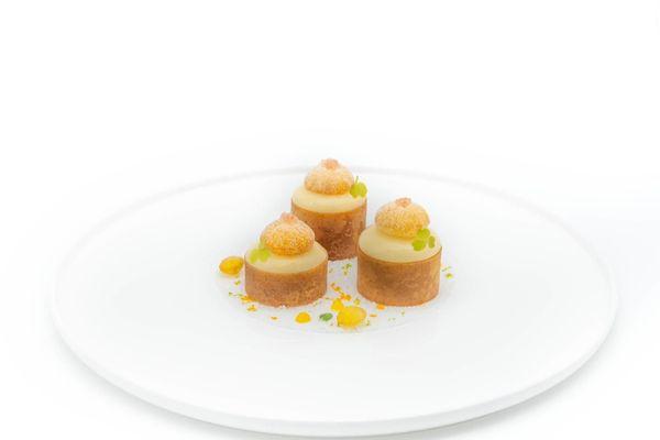 Le Dessert d'Argent de Simon Pacary :  Beignet de pomme Agria, Mika et Thym.