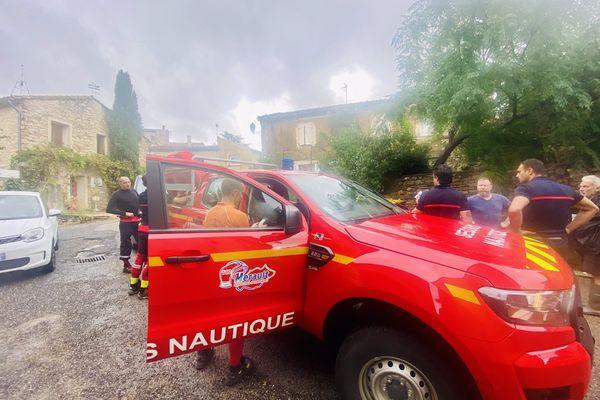 Sapeurs pompiers à Vacquières (Hérault) lors de la vigilance orange du 14/09/2021