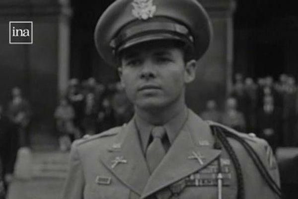 Audie Murphy , soldat américain le plus décoré de la seconde guerre mondiale