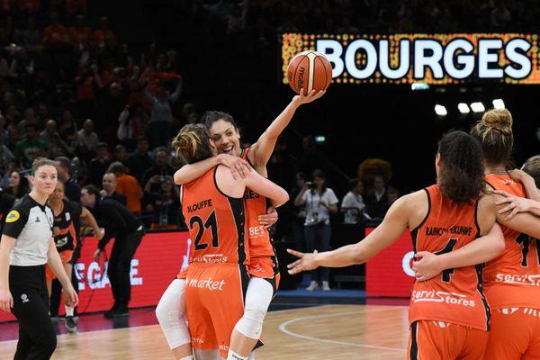 Les joueuses du Tango Bourges Basket lors de la finale de la coupe de France féminine 2019.