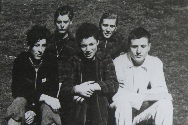 L'équipage composé de Pierre et Jean-Paul Lavoix, Christian et Guy Richard et Reynold Lefebvre