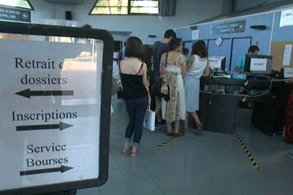 Montpellier - les premières inscriptions en fac après le bac - 8 juillet 2013.