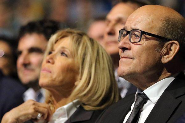 Jean-Yves Le Drian assiste au meeting d'Emmanuel Macron au Zénith de Nantes, en avril 2017