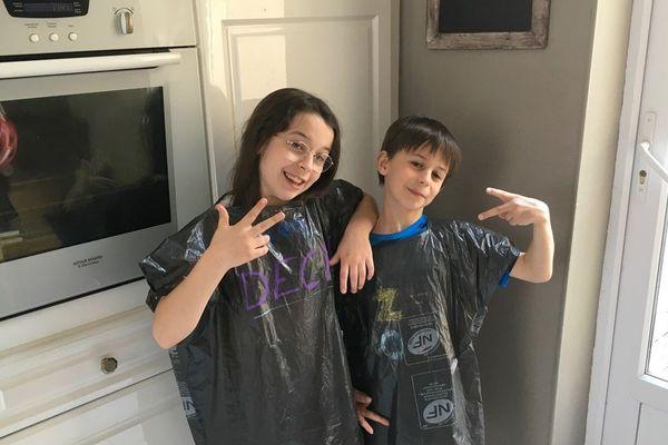 """Lily et Charlie, les enfants de l'humoriste Chitcatt membres de la """"Team Poubelle"""", une mini série sur Youtube qui sensibilise au gaspillage alimentaire"""