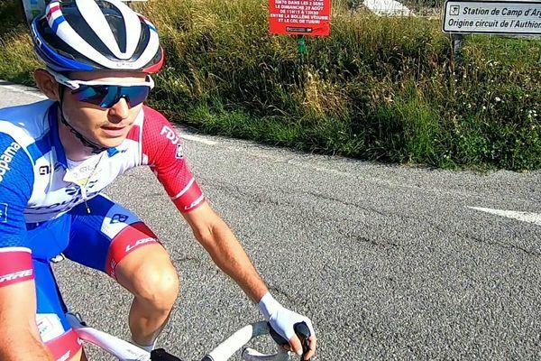 Rudy Molard sur les routes des Alpes-Maritimes... avant le confinement.