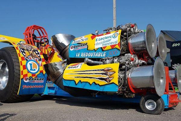 Le Redoutable, tracteur pulling de Guillaume Chauvin