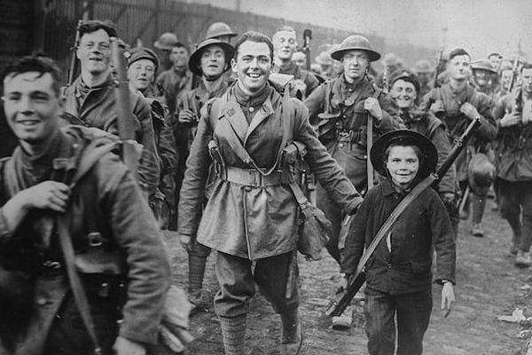 Une photo prise à Lille en octobre 1918, au moment de la Libération de la ville