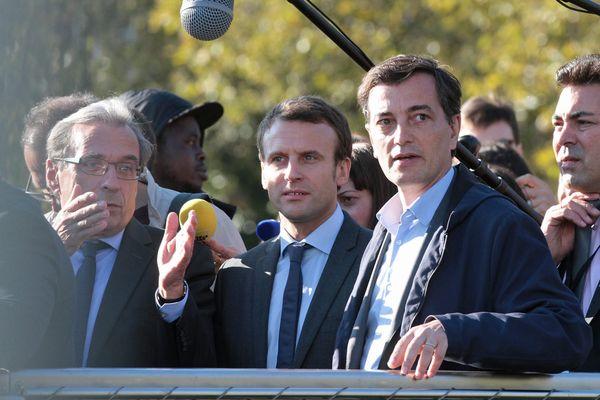 Alain Fontanel (à droite, ici le 4 octobre 2016), premier adjoint du maire PS de Strasbourg Roland Ries (à gauche) ira voter Emmanuel Macron (centre) le 23 avril.