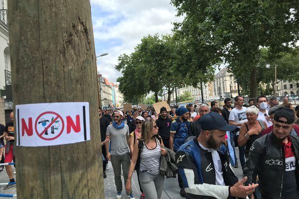 Nantes, le 14 juillet 2021, manifestation contre le passe sanitaire et l'obligation vaccinale