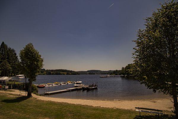 Le Lac de Vassivière, perle touristique du Limousin, dont la gestion est épinglée par la chambre régionale des comptes dans un rapport rendu public le 17 juin 2020.