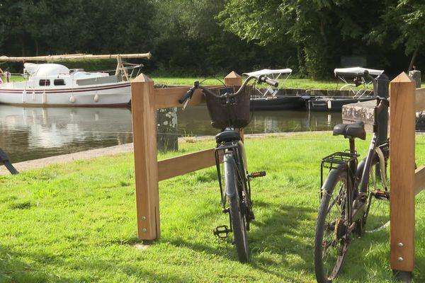 Le vélo sur le canal d'Ille-et-Rance booste le tourisme