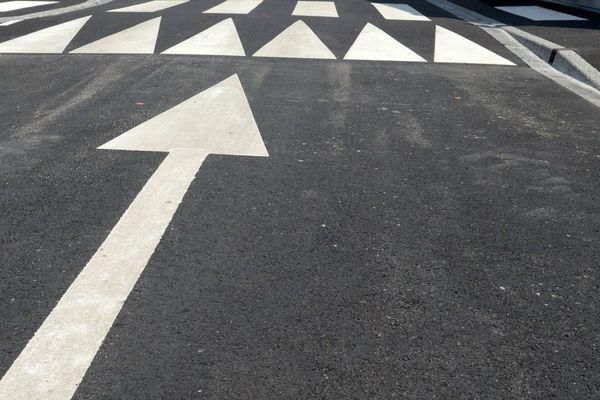 Selon des associations d'usagers de la route, près de 4 ralentisseurs sur 10 seraient illégaux.