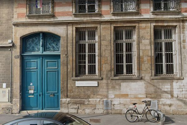 C'est le tribunal administratif de Châlons-en-Champagne qui décide du sort de l'arrêté rendant le masque obligatoire.
