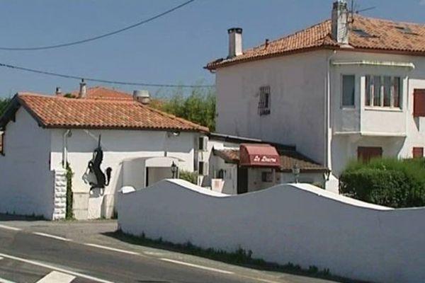C'est devant cette discothèque  de Bidart au Pays-Basque que le jeune homme a été fauché