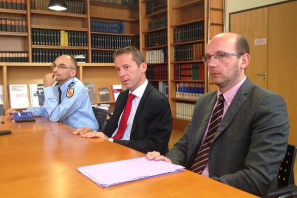 Etienne Manteaux, procureur de la République d'Epinal (cravate rouge), le 21 septembre 2015.