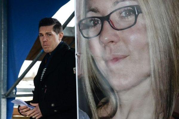 Jonathann Daval est mis en examen pour meurtre sur conjoint sur sa femme Alexia retrouvée morte le 30 octobre 2017 près de Gray (Haute-Saône).
