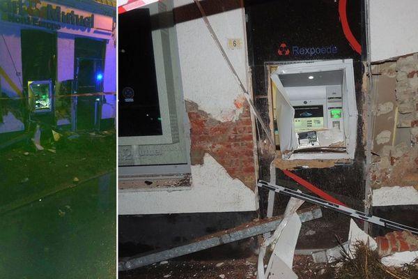 La façade de la banque a été gravement endommagée.
