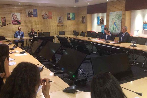 Jean-Luc Rigaut, président du Grand Annecy, en conférence de presse ce 1er août.