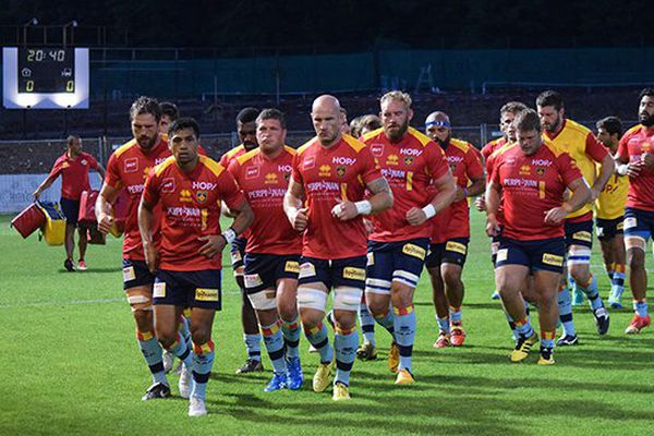 L'équipe de rugby de l'USAP contre Aurillac lors de la la 2ème journée du championnat de Pro D2