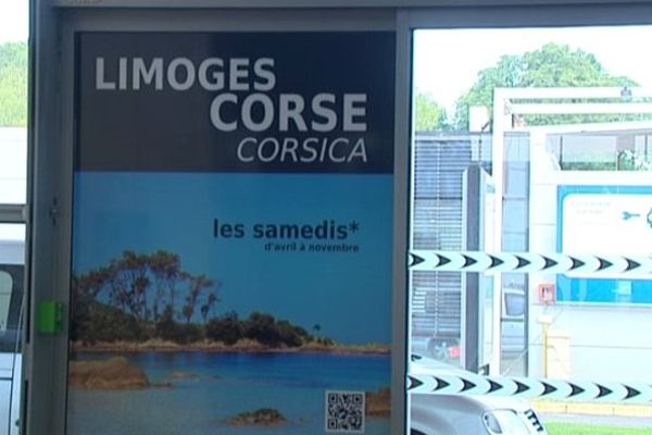 Trois heures de vol et un aller-retour par semaine pour gagner la Corse