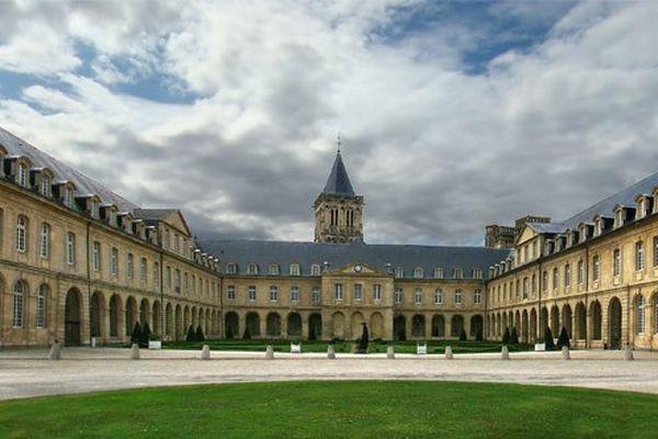 L'Abbaye-aux-Dames, à Caen, accueillera la première édition du Forum mondial Normandie pour la Paix