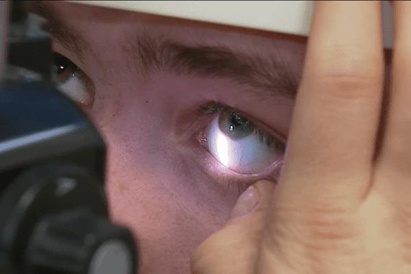 Lentilles de contact : attention danger préviennent des médecins rennais