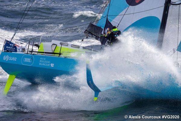 Stéphane le Diraison a bord de Time For Oceans en entraînement