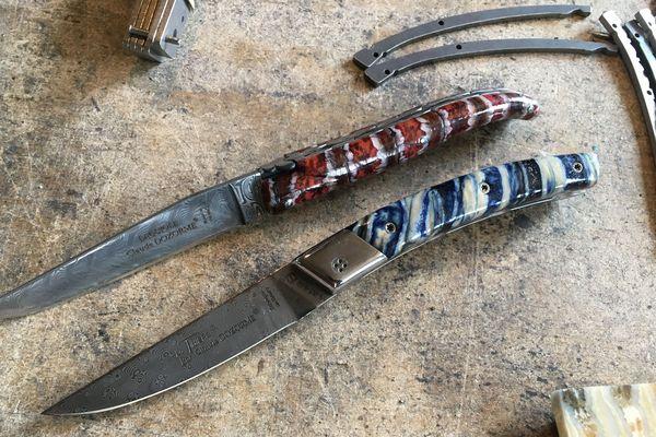 Acier damassé et manches travaillés à la main, les coutelleries de Thiers (Puy-de-Dôme) créent des pièces de luxe.