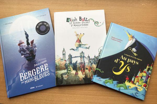 Les îles à l'honneur dans le tiroir des jeunes lecteurs de la Bibliothèque Vagabonde chez Hervé Hamon