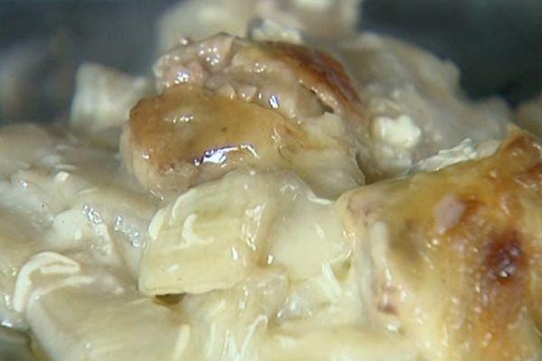 Une recette traditionnelle : le gratin de cardon à la moelle.