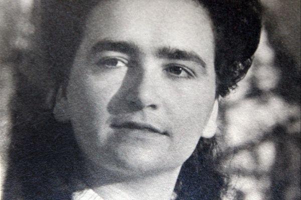 """""""Il paraît qu'il y a à Londres un général qui pense comme nous"""", écrit Denise Domenach-Lallich dans son journal intime à l'aube de ses 16 ans."""
