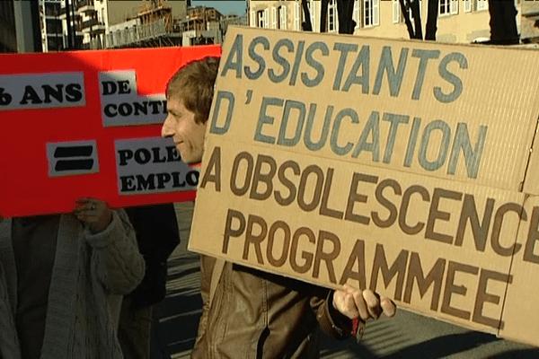 Manifestation devant l'Académie de Rennes
