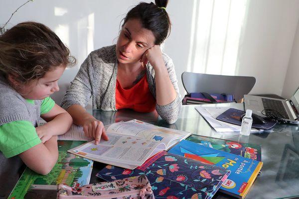 Les professeurs d'école sont tous les jours en contact avec les parents