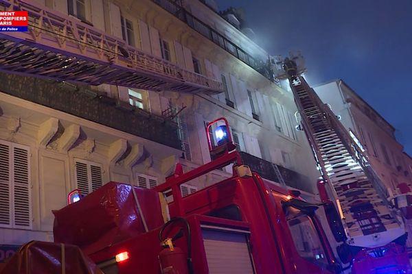 Un incendie, rue Nollet, dans le 17ème arrondissement de Paris.