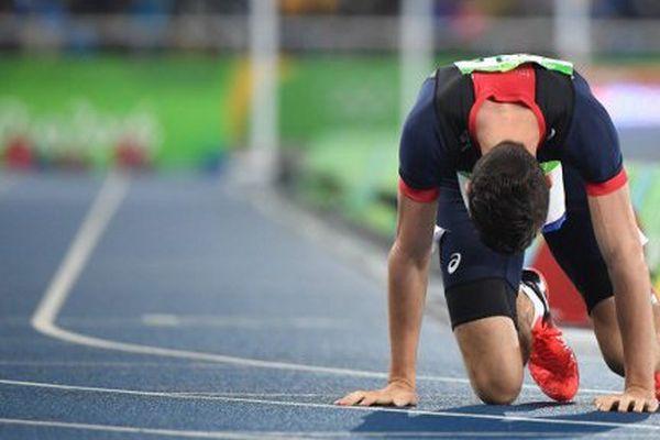 Pierre-Ambroise Bosse après la finale du 800 mètres.