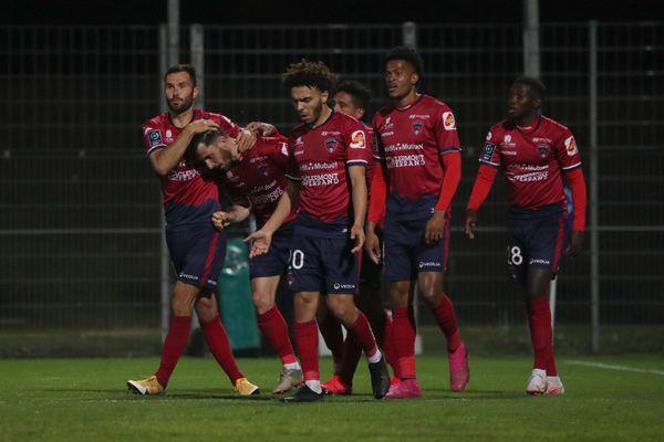 Après le match nul entre Toulouse et Pau mercredi 12 mai, le Clermont Foot est quasiment assuré de monter en Ligue 1.