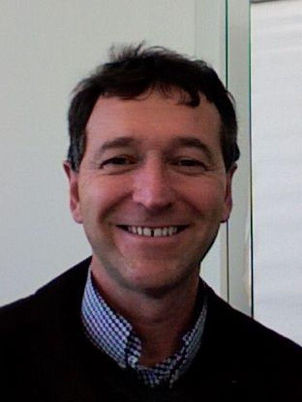 Didier Montet a dirigé plusieurs thèses autour de l'étude de bactéries en Afrique.